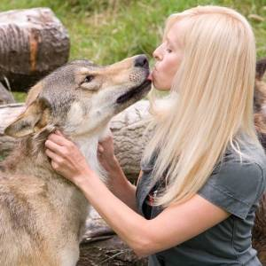 Anneka Svenska and Toraq the Wolf