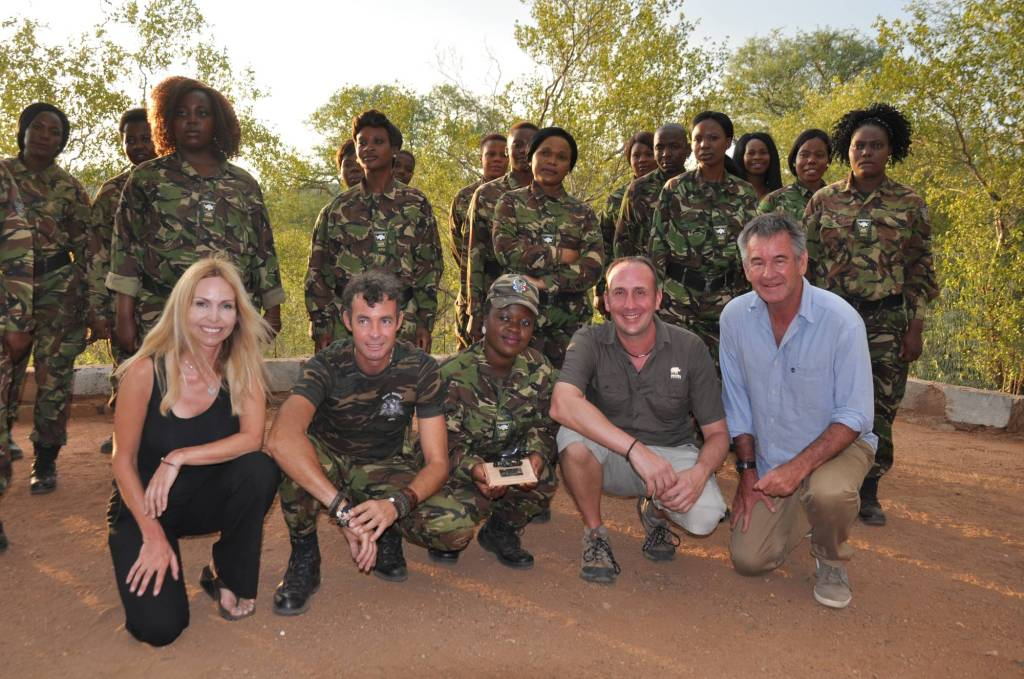 Anneka Svenska, Nigel Marven and Simon Jones with The Black Mambas
